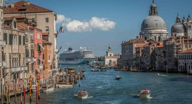 Die Viking Star vor Venedig
