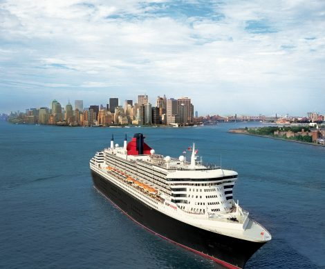 Die Queen Mary 2 vor New York