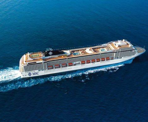 Die MSC Orchestra kreuzt im Mittelmeer