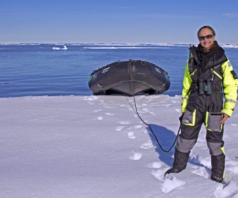 Jenny Waack arbeitet auf der MS Expedition von G Adventures