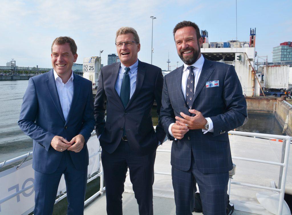 Ein neues Kreuzfahrt-Terminal für Kiel versprachen Dr. Claus und Wirtschaftsminister Buchholz