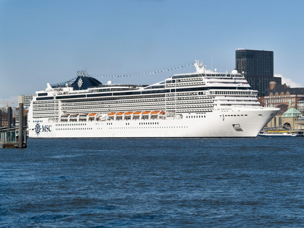 MSC Magnifica in Hamburg