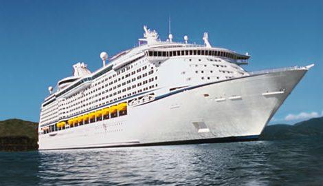 Nach dem verheerenden Hurrikan in der Karibik fahren nach der Adventure of the Seas weitere Schiffe der Kreuzfahrtlinie wieder in die Karibik.