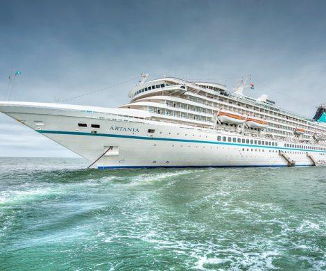 """Phoenix Reisen hat 16 Millionen Euro in die Renovierung der Artania investiert. Die """"Grand Lady"""" aus """"Verrückt nach Meer"""" erhielt zahlreiche Erneuerungen."""