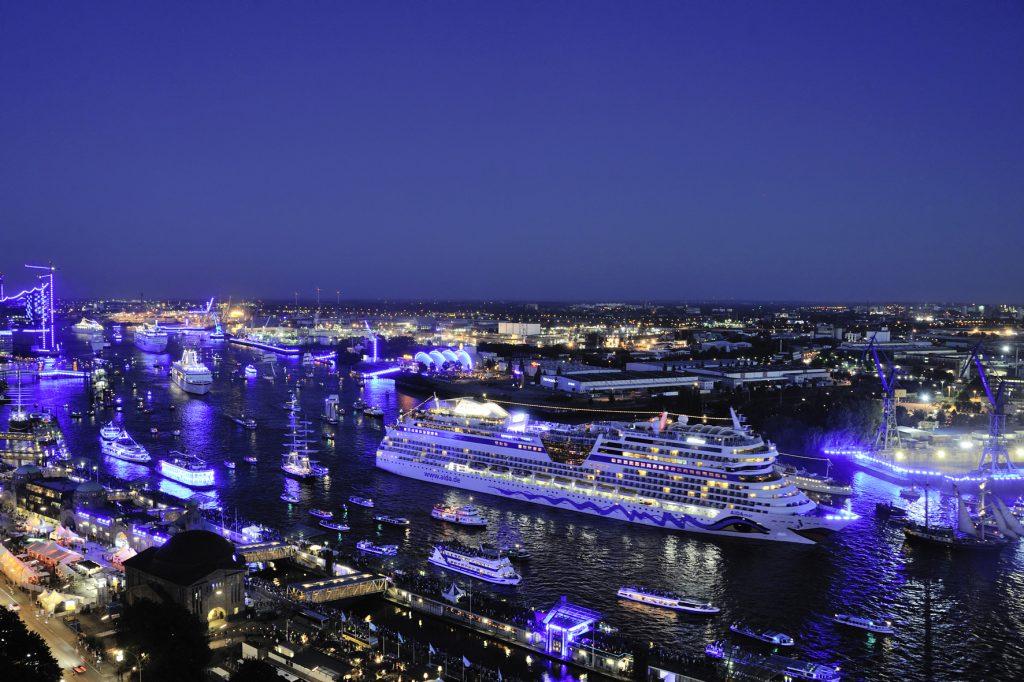 Cruise Gate Hamburg weiterhin auf Rekordkurs