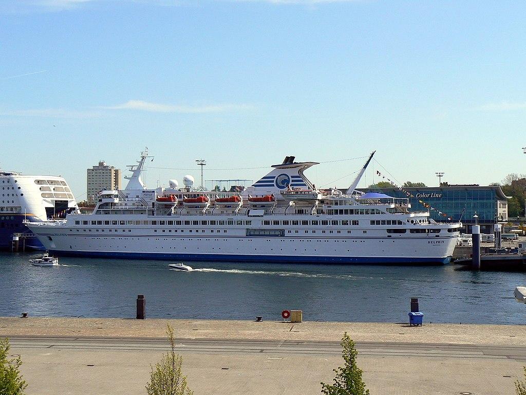 Das auf dem deutschen Markt sehr gut bekannte und sehr beliebte Kreuzfahrtschiff MS Delphin fährt von Februar 2018 an für eine argentinische Reederei. Alteza Cruises hat einen entsprechenden Charter-Vertrag für den Kreuzfahrtschiff-Klassiker abgeschlossen.