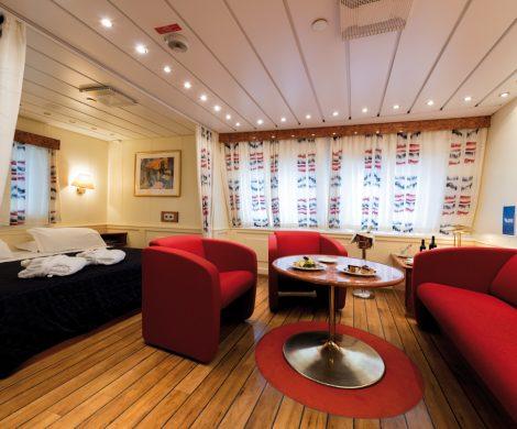 Die Kabinen sind für Fährschiffe großzügig gestaltet