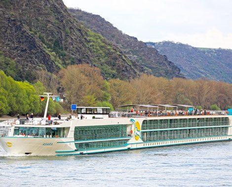 Phoenix Reisen wird zur Saison 2019 drei neue Flussschiffe ins Programm nehmen: neben zwei Neubauten wird auch die Amadeus Silver von Lüftner Cruises gechartert. Durch die Neuzugänge wächst die Flussflotte von Phoenix Reisen auf 41 Schiffe.