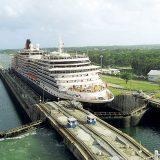 Mit dem Anlauf der Queen Victoria am Freitag, 5. Januar, wird die Kreuzfahrtsaison 2018 in Hamburg eröffnet. Die mit einer BRZ von 90.900 vermessende Queen Victoria der britischen Reederei Cunard kommt von einer Neujahrskreuzfahrt um Westeuropa und bricht ab Hamburg zu einer 80-tägigen Südamerikareise auf