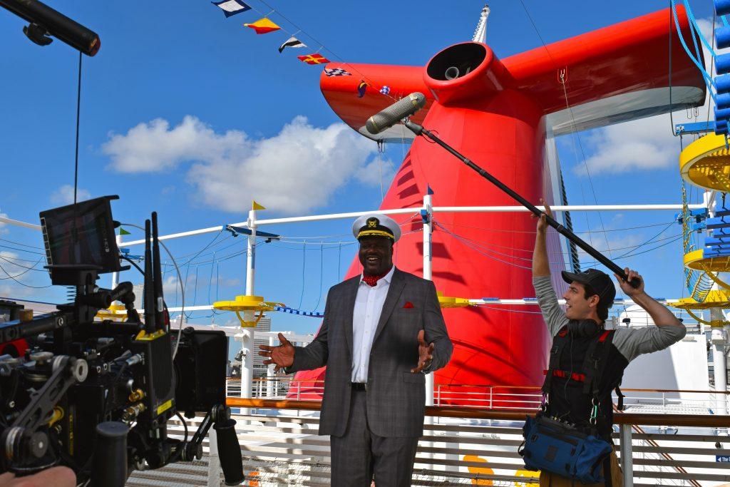 """Carnival Cruise Line hat einen prominenten Basketballer gewonnen, um das das Management zu vergrößern. NBA-Star Shaquille O'Neal, 45jährige Legende des amerikanischen Profi-Basketballs, wurde jetzt zum """"CFO"""" der Reederei berufen."""