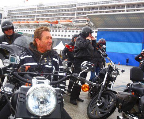 Mit der Harley zum Schiff
