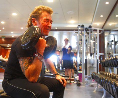 Der Musiker macht auch im Fitnesscenter eine gute Figur