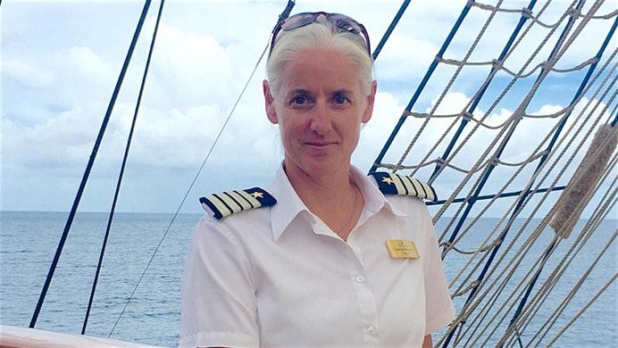 Jetzt hat auch die Segelschiff-Reederei Sea Cloud eine Frau Kapitän: Sechs Jahre arbeitete Kathryn Whittaker als 1. Offizierin auf dem Windjammer Sea Cloud II bis sie jetzt zum Kapitän ernannt wurde.