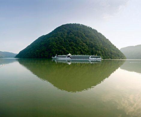 Rivage Flussreisen baut seine Flotte aus: mit dem Neubau Amadeus Star stehen ab nächstem Jahr insgesamt zehn Schiffe beim Flussreise-Spezialisten unter Vertrag. Zu den Neuerungen für 2019 gehören auch neue Routen durch Holland und Belgien