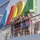 AIDA Cruises sein umfangreiches Kinderangebot noch einmal um etliche Attraktionen erweitert. Für die kommenden Ferien stehen exklusiv entwickelte Spezialangebote auf dem Programm, mit trendigen Themen wie Kampfkunst, Freestyle, Konzerte und Kinderhelden.