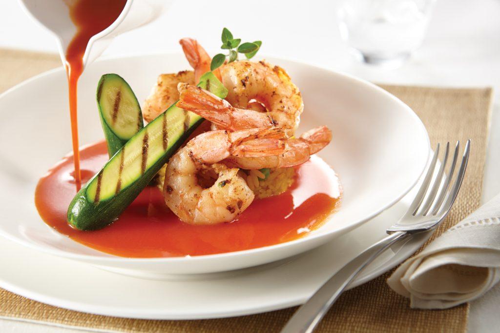 Norwegian Cruise Line positioniert in diesem Sommer erneut drei Schiffe im Mittelmeer und bietet dazu spezielle Kulinarikprogramme an. An Bord sowie an Land können die Gäste von NCL die kulinarischen Köstlichkeiten der Region probieren und ein abwechslungsreiches Programm genießen.