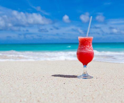 Carnival Cruise Lines hat derzeit kostenlose Getränkepakete für Kreuzfahrer, die bis zum 30. Juni 2018 eines der 26 Schiffe buchen