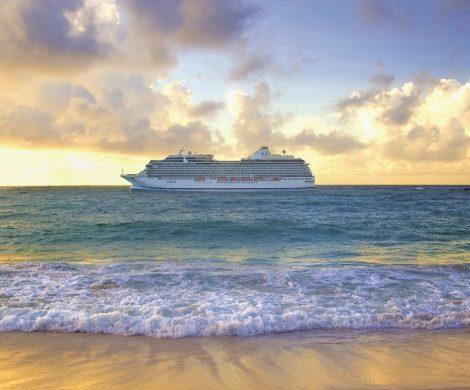Mit seinen mittelgroßen Boutique-Kreuzfahrtschiffen fährt Oceania Cruises oft kleinere Häfen an, die großen Schiffen keine Einfahrt gewähren.