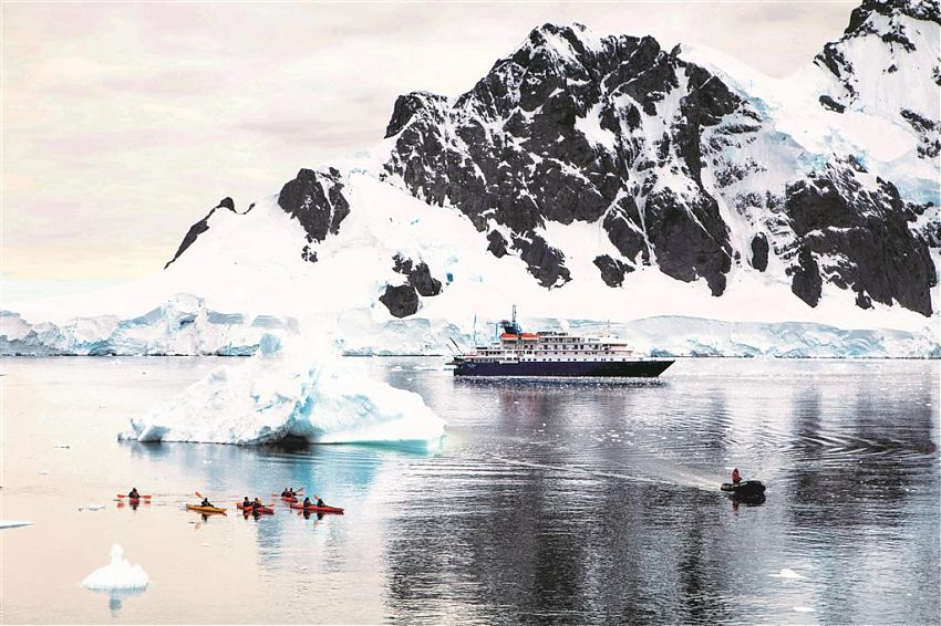 Der Expeditionskreuzfahrten-Anbieter Poseidon Expeditions setzt ab sofort auf umweltfreundlichere und nachhaltigere Erkundungen in der Arktis und Antarktis