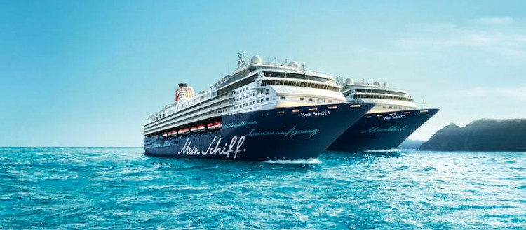 Bei TUI Cruises geht es derzeit Schlag auf Schlag: Nur wenige Wochen nach der Taufe der Mein Schiff 1 beim Hafengeburtstag in Hamburg, hat der nächste Neubau einen Meilenstein gefeiert: Die neue Mein Schiff 2 hat erstmals Wasser unterm Kiel.