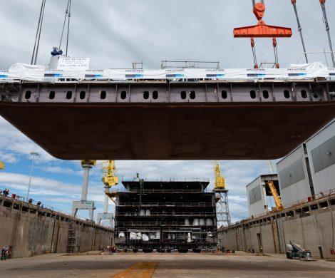 Im italienischen Ancona ist die Seven Seas Splendor auf Kiel gelegt worden. Der Neubau ist das zweite Superluxusschiff, welches die italienische Werft Fincantieri für die Reederei baut.