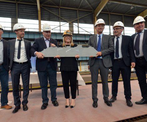 Traditionell mit dem ersten Stahlschnitt hat der Bau der Celebrity Apex in der Werft Chantiers de l'Atlantique (ehemals STX France) in Saint-Nazaire, Frankreich, begonnen.