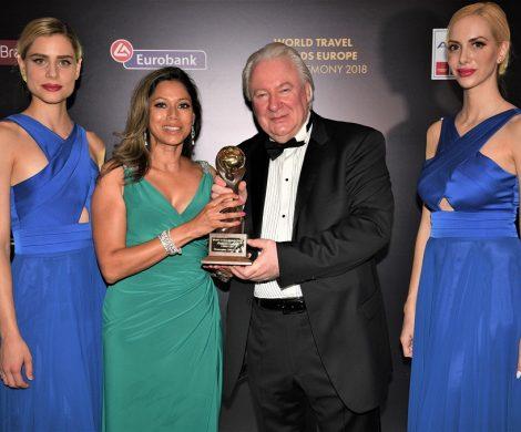 """Norwegian Cruise Line freut sich über die Auszeichnung als """"Europe's Leading Cruise Line"""" beim World Travel Award, der im Rahmen der Europe Gala Ceremony in Athen verliehen wurden."""
