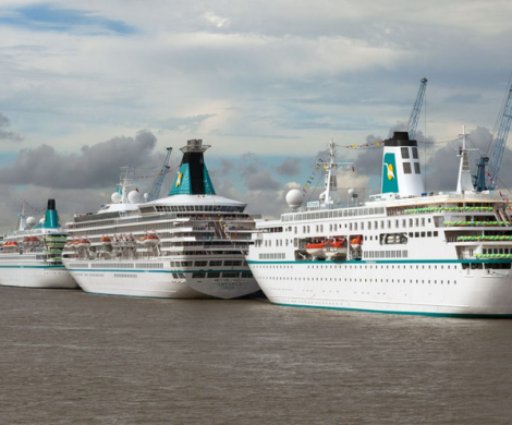 Die vier Hochseeschiffe Albatros, Amadea, Artania und Deutschland und damit die gesamte Phoenix-Flotte waren zusammen in Bremerhaven zu Gast.