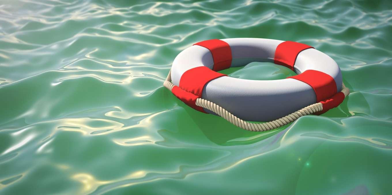 Riesenglück im Unglück hatte ein Besatzungsmitglied von Royal Caribbean, das nachts über Bord gestürzt war. Wie die US-Küstenwache mitteilte, sei der 33-jährige Mann aus bislang noch ungeklärten Gründen vom Schiff gestürzt.