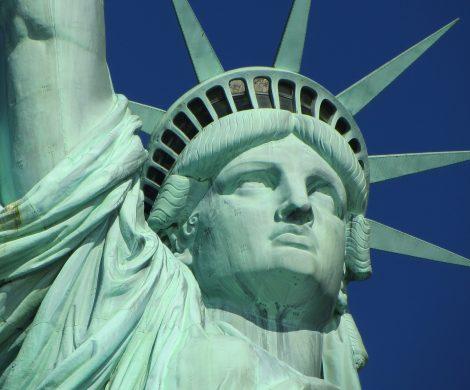 Die britische Traditonsreederei Cunard hilft der Stiftung Freiheitsstatue-Ellis Island bei der Crowdfunding-Kampagne für ein neues Museum auf Liberty Island . Das Museum soll im Herbst 2019 eröffnen.