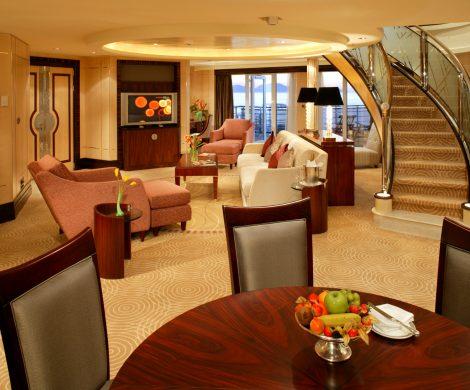 Bis zu 36 Prozent Rabatt auf den Premium Preis gibt es derzeit bei Cunard Line auf Transatlantik-Passagen im April bis Juni sowie Oktober und November 2019.