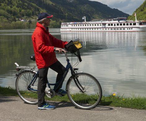 Der Spezialist für Flussreisen, Nicko Cruises, bietet im nächsten Jahr Radpakete an, darunter auch maßgeschneiderte Ausflüge mit E-Bikes.