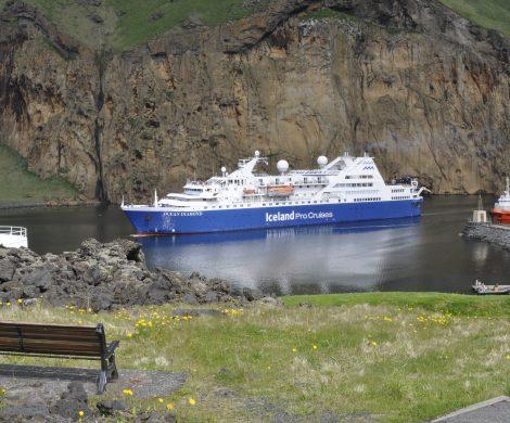 Iceland ProCruises hat den Sommerkatalog 2019 veröffentlicht, mit noch mehr Kreuzfahrtn um Island und nach Grönland mit der Ocean Diamond.