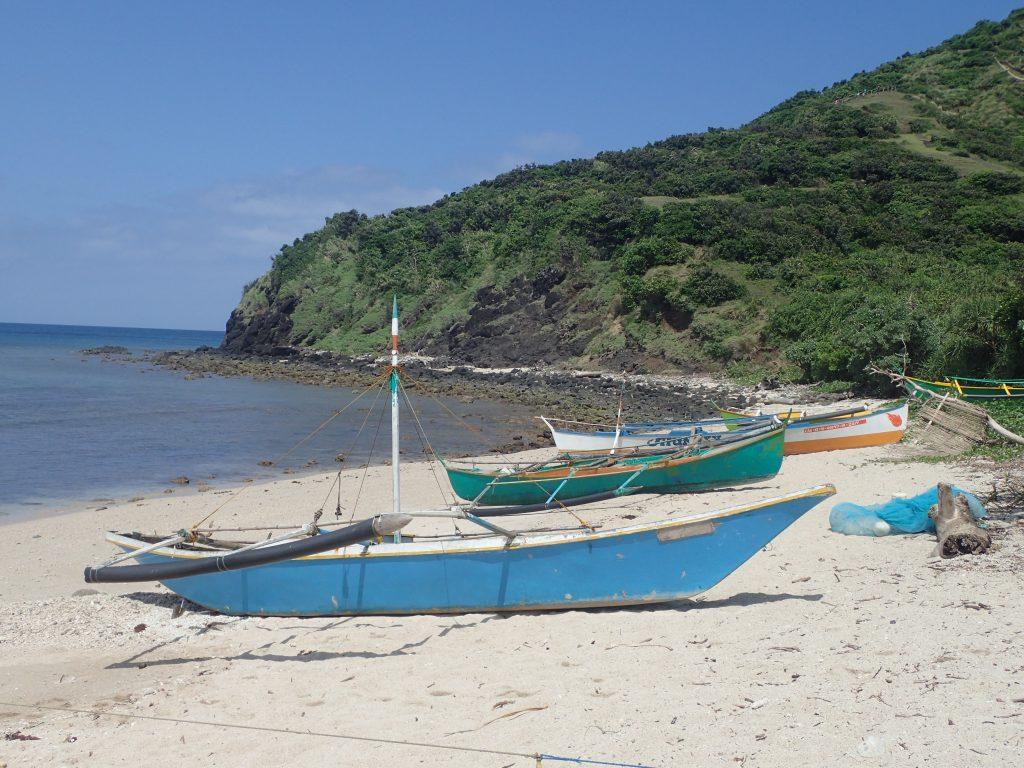 Reportage einer Expeditionskreuzfahrt mit der Silver Discoverer zu den Inseln des Westpazifiks mit ihren UNESCO-Stätten und wichtigen Kriegsschauplätzen.
