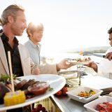 """A-ROSA hat für eine seiner beliebten Gourmetreisen nur mit weiblichen Spitzenköchen aufgelegt: Die Kreuzfahrt """"Mosel Gourmetköchinnen"""" von Köln bis Koblenz."""