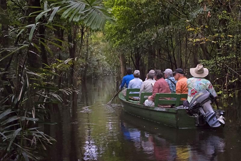 Wer an Landschaften, Kulturen und Begegnungen mit Menschen und Tieren interessiert ist, der wird im neuen Schiffsreisen-Katalog 2019 von Lernidee fündig.