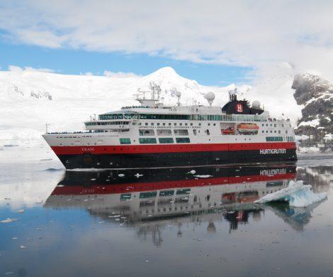 Hurtigruten stellt für Abreisen ab dem 1. Dezember die Reiseunterlagen auf E-Mail-Versand um. Dadurch können Kunststoff und Papier deutlich reduziert werden