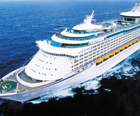 Auf der Voyagers of the Sea ist es zu tagelanger Kreuzfahrtrandale gekommen: 1.300 Mitarbeiter eines Unternehmens machten ein großes Firmenbesäufnis