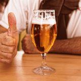 US-Soldaten der Navy haben dafür gesorgt, dass das Bier in Reykjavik gerade etwas knapp ist:dieetwa 7000 Matrosen tranken sämtliche Biervorräte leer.