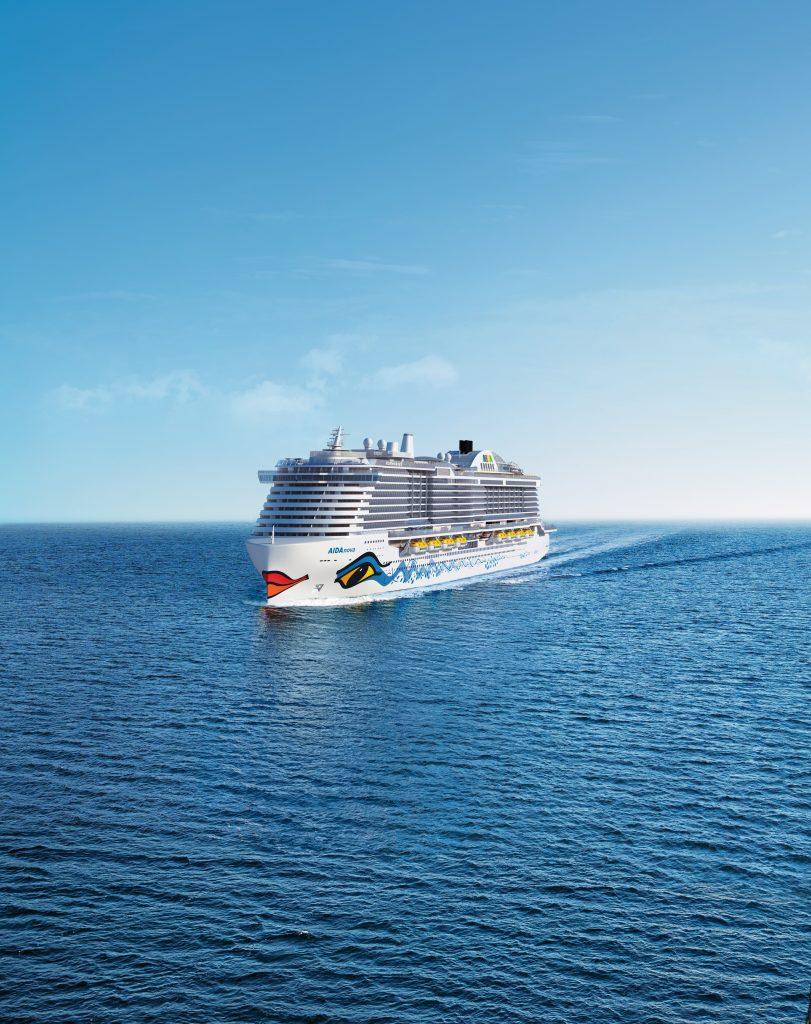 Die AIDAnova ist von ihrer ersten Probefahrt zurückgekehrt. Die nautischen und technischen Tests sind nach Angaben der Meyer Werft gut verlaufen.