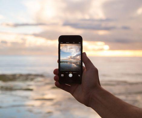 """Die Stiftung Warentest vergleicht in der aktuellen Ausgabe von """"Finanztest"""", was Mobilfunk an Bord bei Netzbetreibern und Kreuzfahrtunternehmen kostet"""