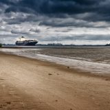 Auf der Elbegilt für alle (Kreuzfahrt)schiffe ab 90 Metern Länge, ein Tempolimit von maximal zehn Knoten zwischen Wedel und Hamburger Hafen
