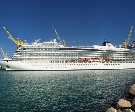 Die Viking Jupiter mit rund 47.800 Tonnen sowie 465 Kabinen mit Platz für bis zu 930 Passagiere ist auf der Werft Fincanieri in Ancona ausgeliefert worden