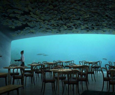 """Noch in diesem Frühjahr soll das erste Unterwasser-Restaurant in Europa namens """"Under""""an der Küste der norwegischen Region Lindesnes eröffnet werden"""