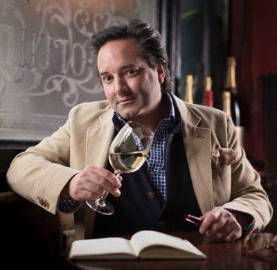 Auf einer Weinreise der Queen Victoria bekommen die Gäste einige der besten Experten geboten: In Großbritannien gehören sie zu den Stars der Szene.