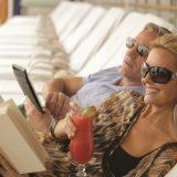 Regent Seven Seas Cruises bietet kostenlos schnelleres Internet sowie kostenlosen Wäscheservice in der Master und Grand Suite.