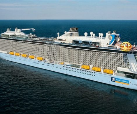 Mitarbeiter der Meyer Werft und ihre Familien sind als Testfahrer auf der frisch ausgelieferten Spectrum of the Seas nach Malaga unterwegs.