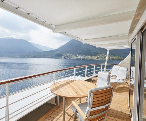 http://worldwidewave.de/hanseatic-nature-erste-beiden-reisen-abgesagtnseatic nature Grand Suite Balokn