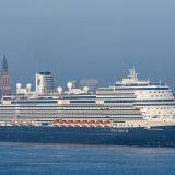 Die Nieuw Statendam absolvierte ihren Premierenanlauf in Kiel. Die Nieuw Statendam hat99.500 BRZ, ist 300 m lang und bietet 2.650 Passagiere Platz.