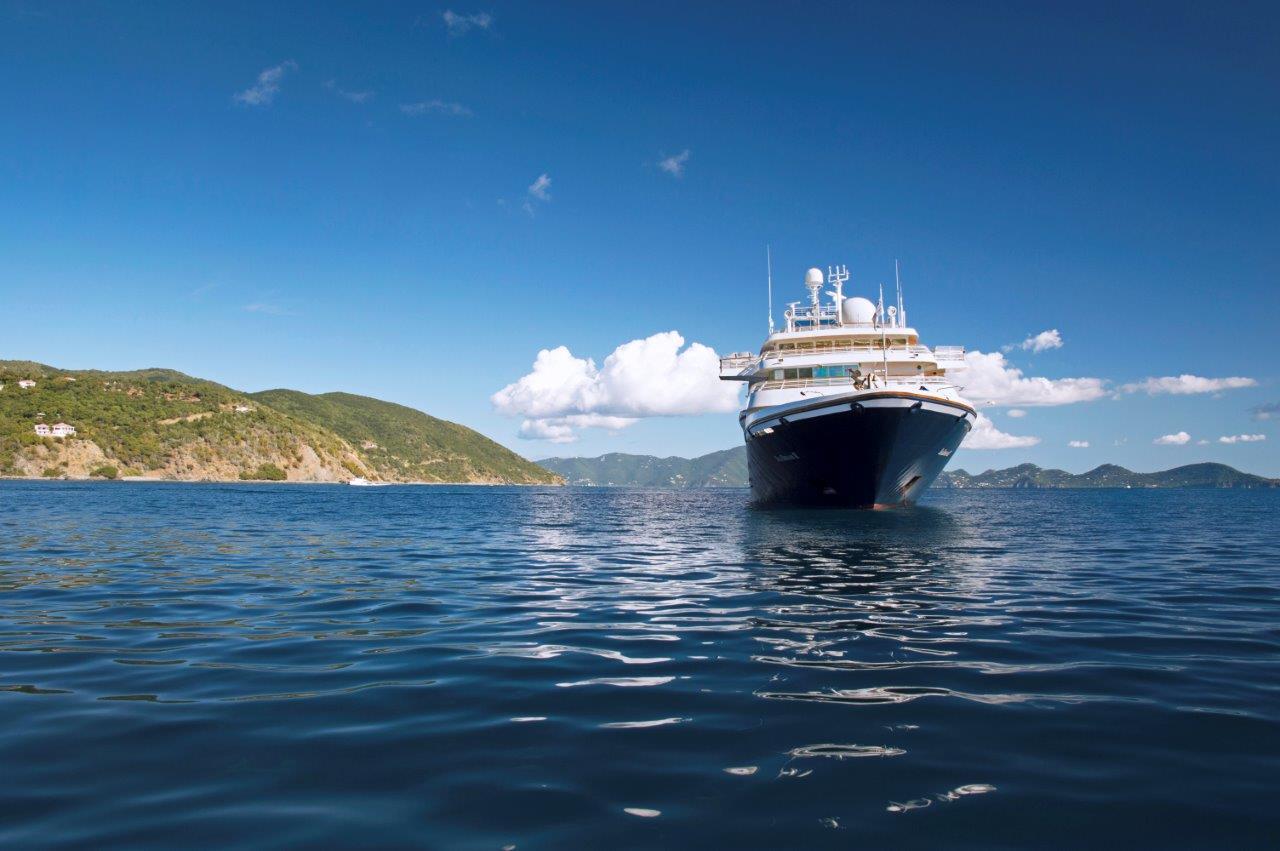 SeaDream I und II entführen ab 2020 auf neuen Routen in die verborgenen Häfen des Mittemeers, an denen zum Teil kein anderes Kreuzfahrtschiff vor Anker geht